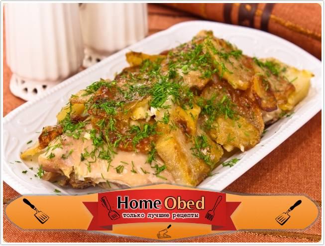 Курица с картофелем, запеченные под майонезом