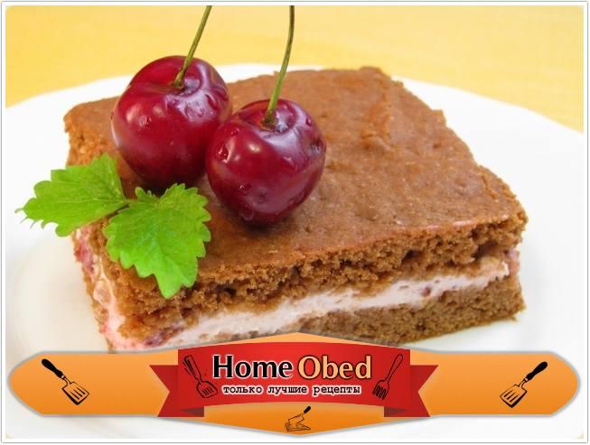 Шоколадное пирожное с творожно-вишневым кремом